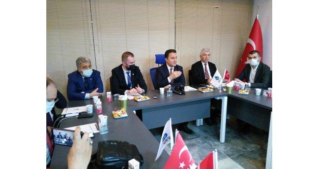 Ali Babacan, Trabzon basını ile bir araya geldi.
