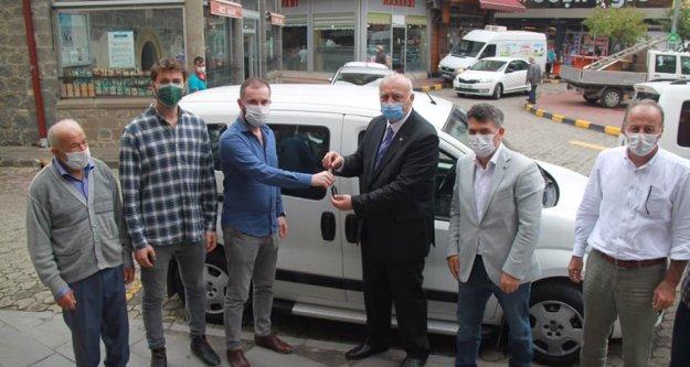 Araklı Belediyesi'ne hibe araç desteği...