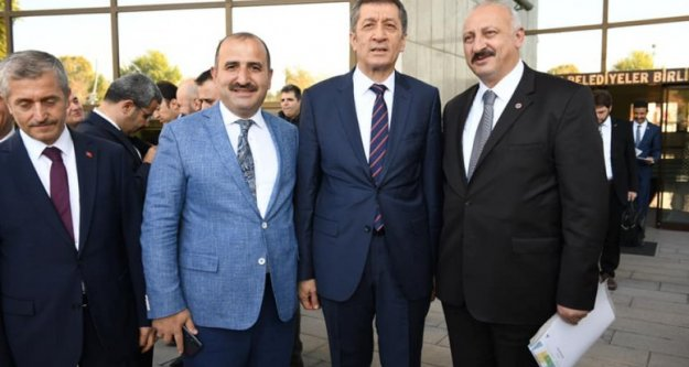 Başkan Çebi Milli Eğitim Bakanı Selçuk ile Görüştü