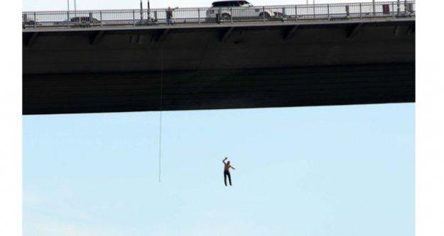 Boğaz Köprüsü'nden atladı!