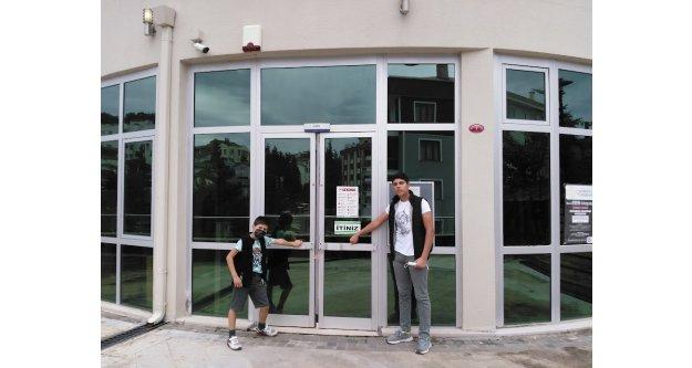 Gençlik Merkezi hafta sonu neden kapalı?