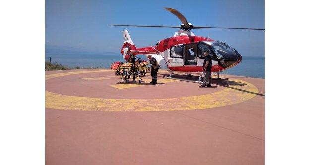 HAVA 61 HELİKOPTER AMBULANS, 10 hasta için havalandı.