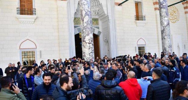 İmamoğlu'na Çamlıca Camii'nde büyük ilgi...