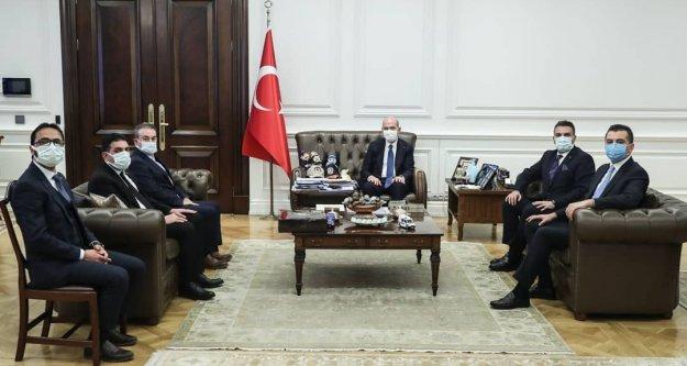 İstanbul Ayvadere Köyü Derneği Başkanı Kadir Gençtürk İçişleri Bakanı Süleyman Soylu'yu ziyaret etti