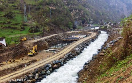 Köprüüstü Köyü Muhtarı ayrı Halkı Ayrı diyor !