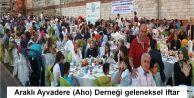Araklı Ayvadere (Aho) Derneği geleneksel iftar yemeğini Topkapı Surlarında  gerçekleştirdi.