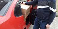 Trabzon Bayburtlular Derneği, ramazan ayı öncesinde ihtiyaç sahiplerine yönelik başlattığı gıda kolisi ve nakit para yardımını sürdürüyor.