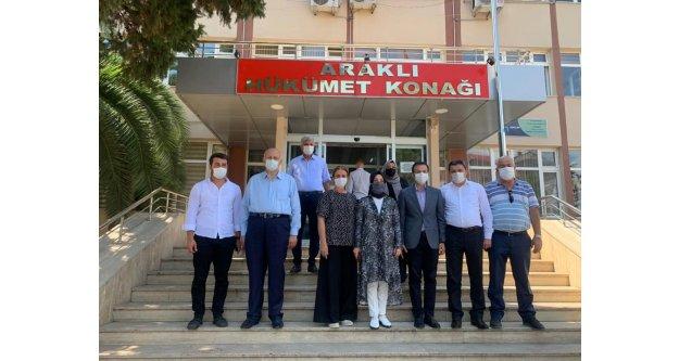 Trabzon Milletvekili Bahar Ayvazoğlu, Araklı'da incelemelerde bulundu.