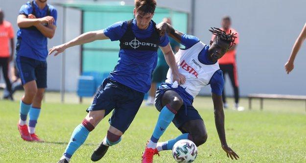 Trabzonspor'da yeni sezon hazırlıklarına devam ediyor.