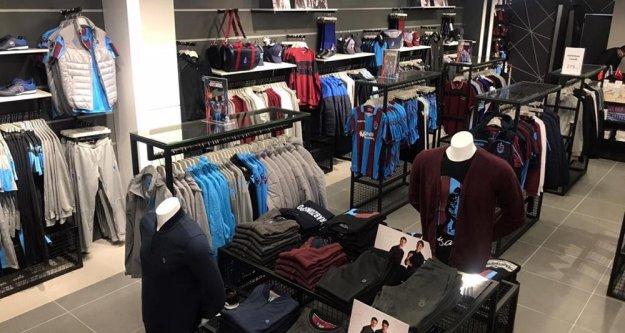 TS Club Beylikdüzü mağazası açıldı
