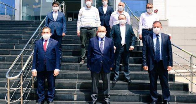 Valiİsmail Ustaoğlu, Arsin#039;de incelemelerde bulundu.